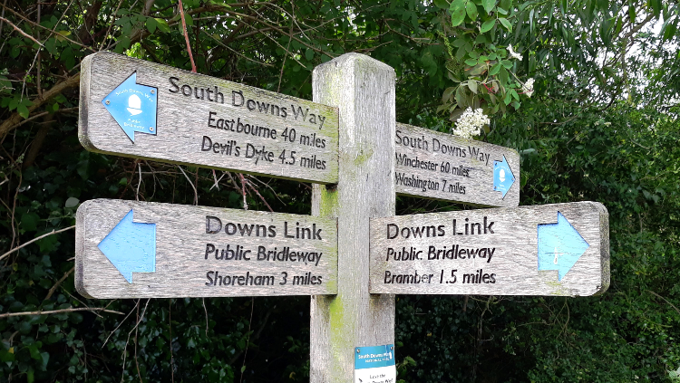 Downs Link signpost