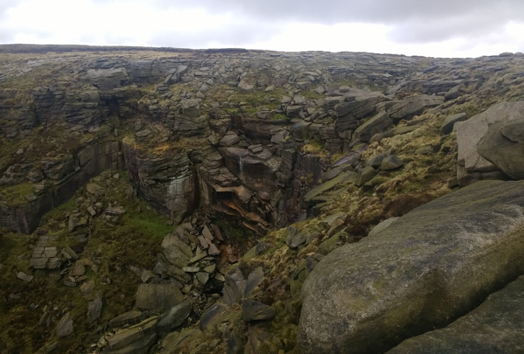 The dramatic cliffside of Kinder Downfall.