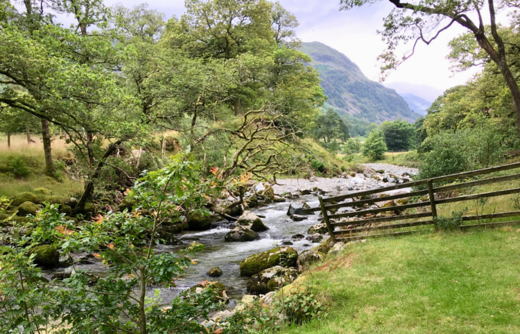 Lakeland Three Passes: Borrowdale by Victoria Seton