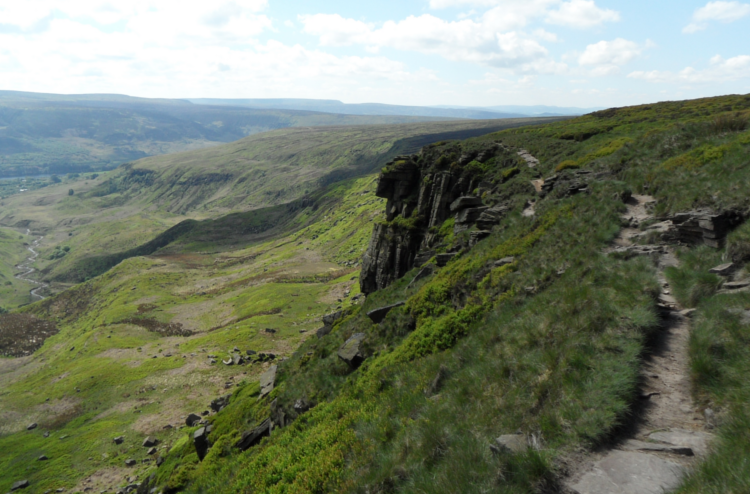 Laddow Rocks on the Pennine Way