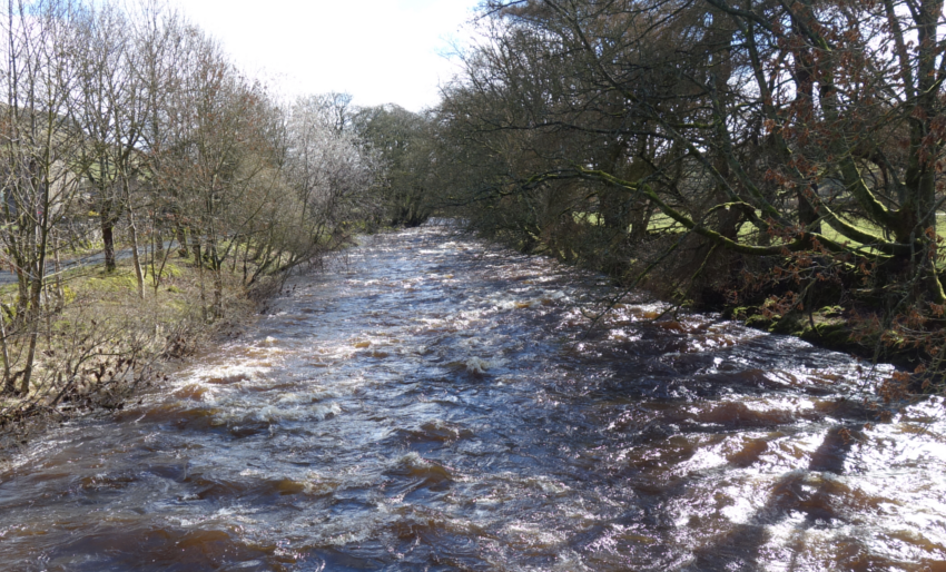 Three Dales Way: River Skirfare