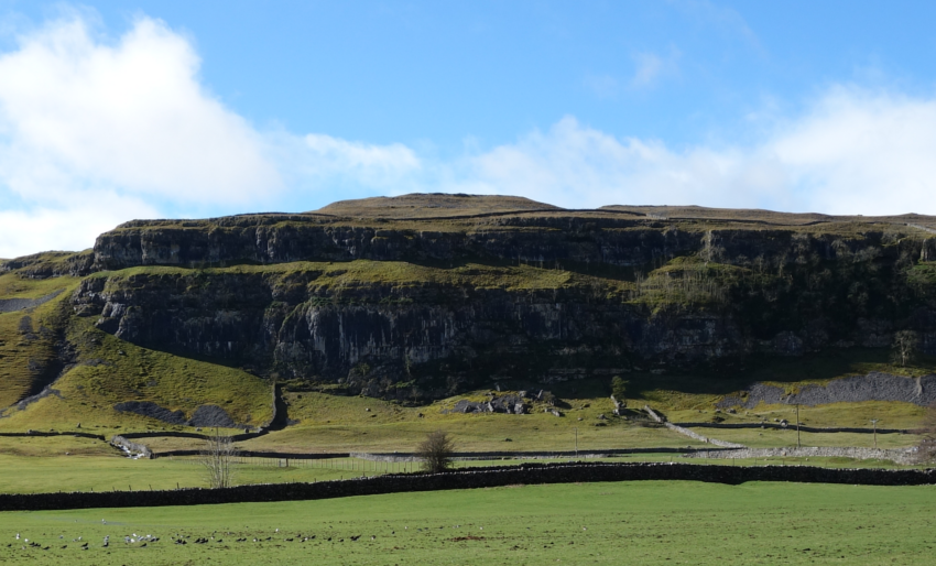 Three Dales Way: scar toward Arncliffe