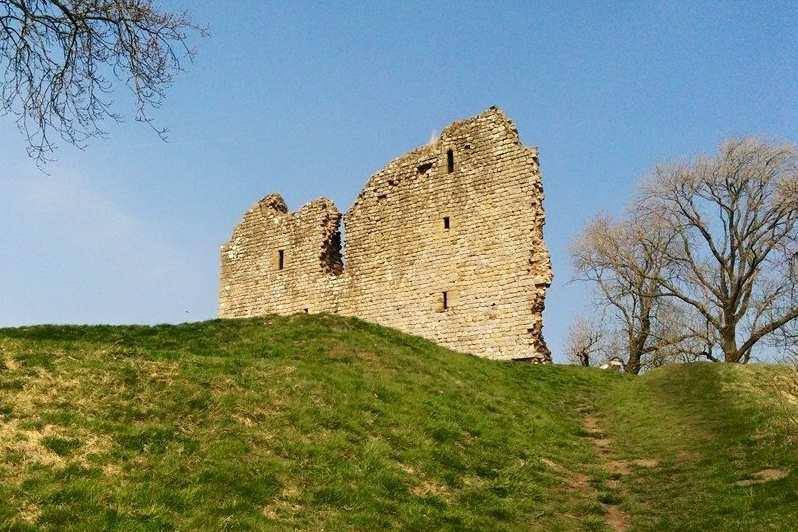 Walking Hadrian's Wall Path National Trail — Contours Walking Holidays