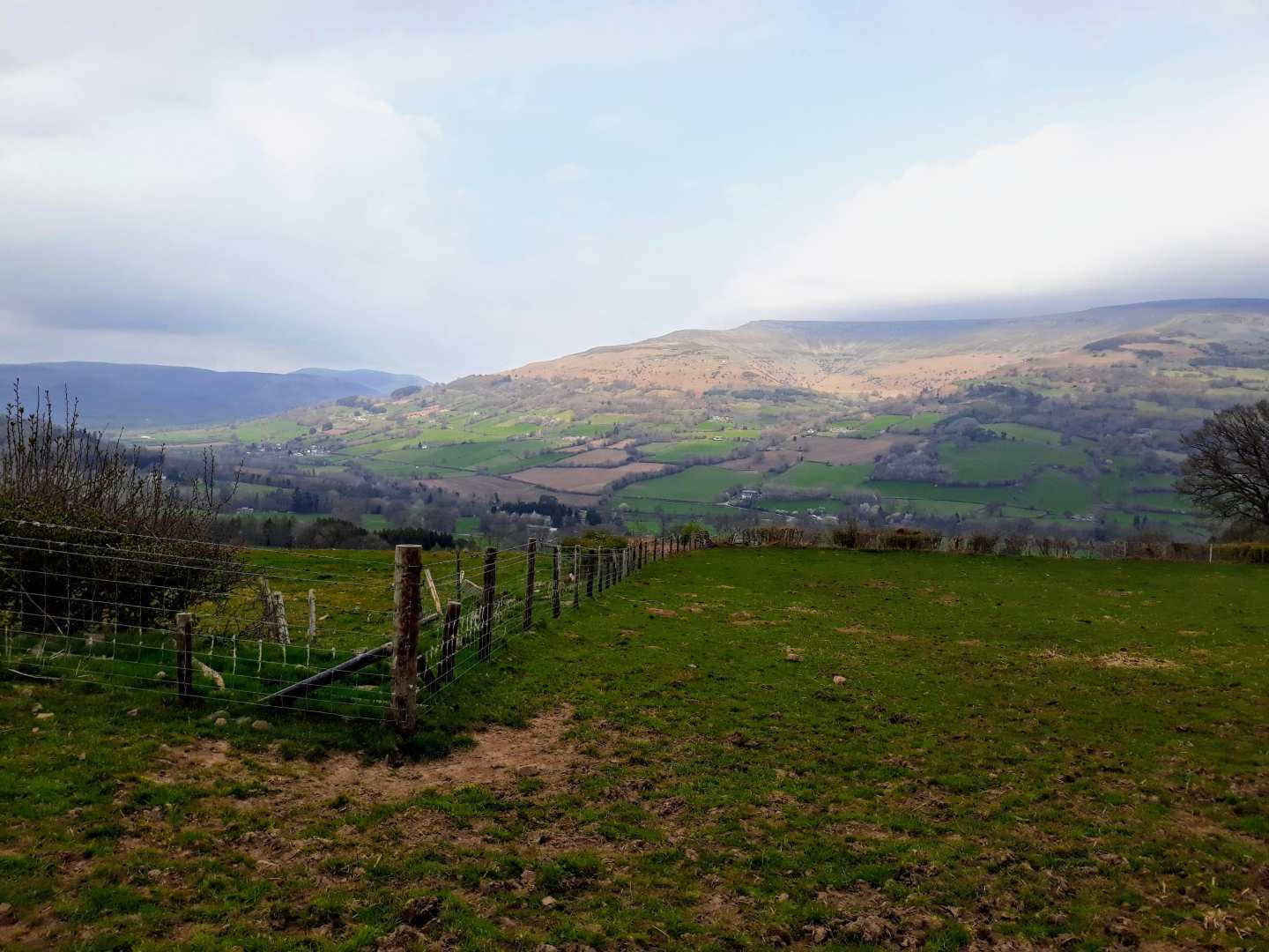 Usk Valley Walk - Stile-Free