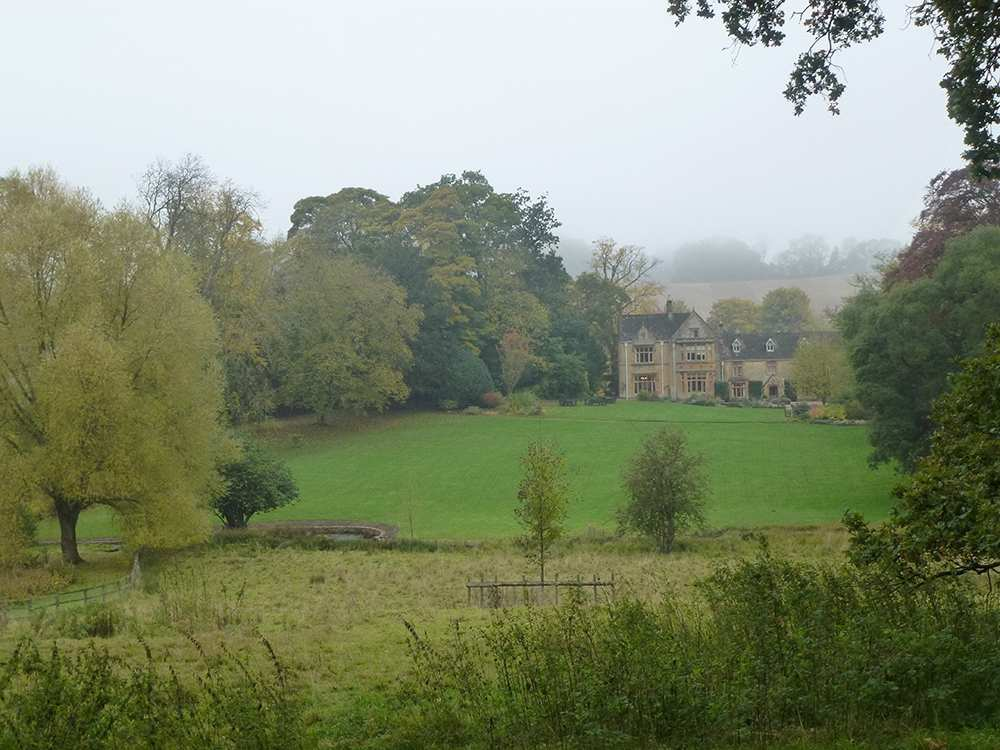 cotswold  contours walking holidays
