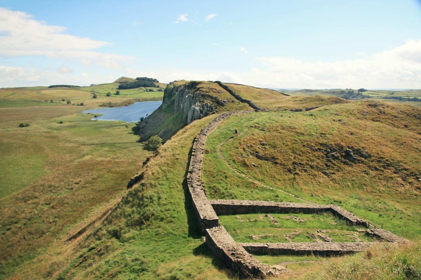 Hadrian S Wall Path In 5 6 Days Best Of Hadrian S Wall Contours Walking Holidays